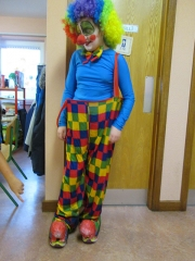 <h5>Gaelscoil Mhic Amhlaigh</h5><p>This pupil made her clown shoes from plastic bottles.  </p>